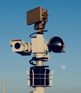 Radar integrated with long range PTZ thermal imaging flir camera